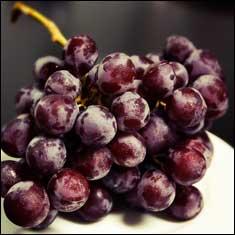 frozen-grapes