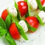 app_mozz_tomato_basil_kebab (1)